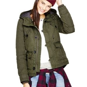 Aritzia TNA platoon coat jacket military
